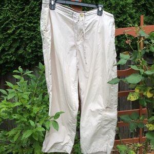 Columbia khaki Capri pants